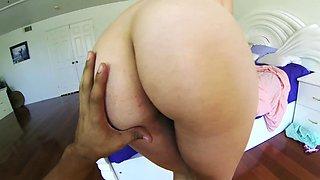 Redhead tweaks her nipples on the tennis court in this hot video