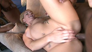 Summer Daniels and her three BBC lovers have a gangbang