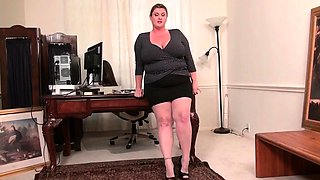American moms in pantyhose Kimmie, Nicolette and Rubee
