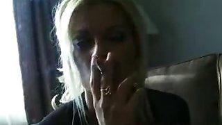 Brooke Gives a Smoking Lewinsky