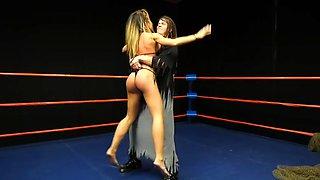 Lesbian wrestling
