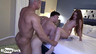 WOW! BOYFRIEND OF SEXY ASS REDHEAD WATCHES 2 BI GUYS EXPLOR