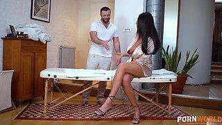 Busty Milf Ava Koxxx gets kinky with her masseuse and s