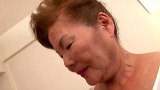 70 Year Grandma New 03