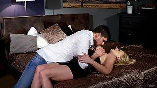 Blonde Femme Fatale Elizabeth Romanova Takes her Man