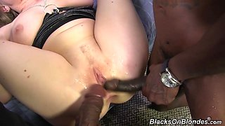 Threesome sex gets Vicky double penetrated by monster cocks