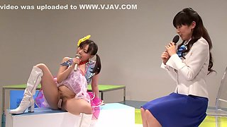 Aiko Endo, Mai Henmi, Saya Takazawa, Amateur in Dirty Songs in the Nude part 1.1