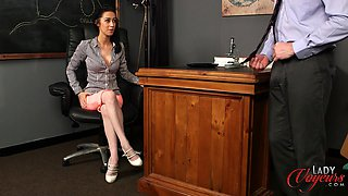 Lady boss Kim Brown makes her assistant take off his pants