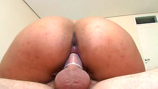 Hot Indian babe Suzan gets fucked like a real slut