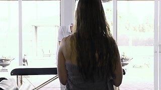 Brazzers - Dirty Masseur -  Touching Lena sce