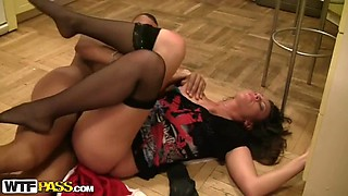 Hardcore Sex With Naughty Babe Brunette In A Party