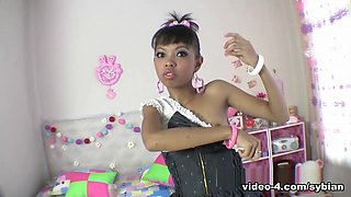 Even living dolls like to ride the Sybian - AsianSybian