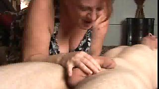 Chunky old babe loves to suck cock and swallow cum