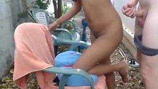 Haciendo gritar a nena filipina.avi