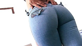 Perfect Ass and Cameltoe Teen Stuffin 3 Pantys Inside Pussy