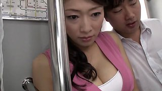 Amazing Japanese model in Horny Cougar, HD JAV clip