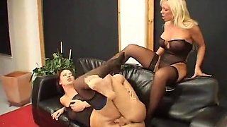 Real Mature Swingers Sharing BBC Milf Blondes